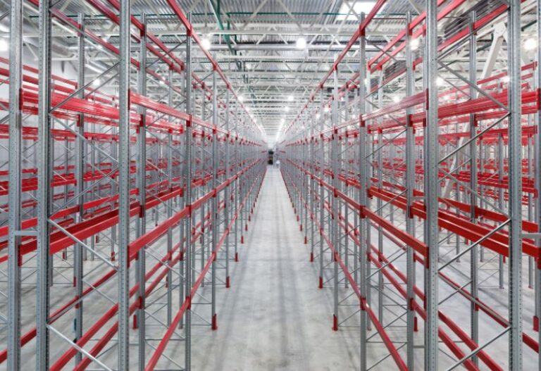 WHAT IS BOLTLESS RACKING?